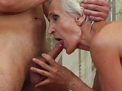 Old granny found young dick for hairy cunt